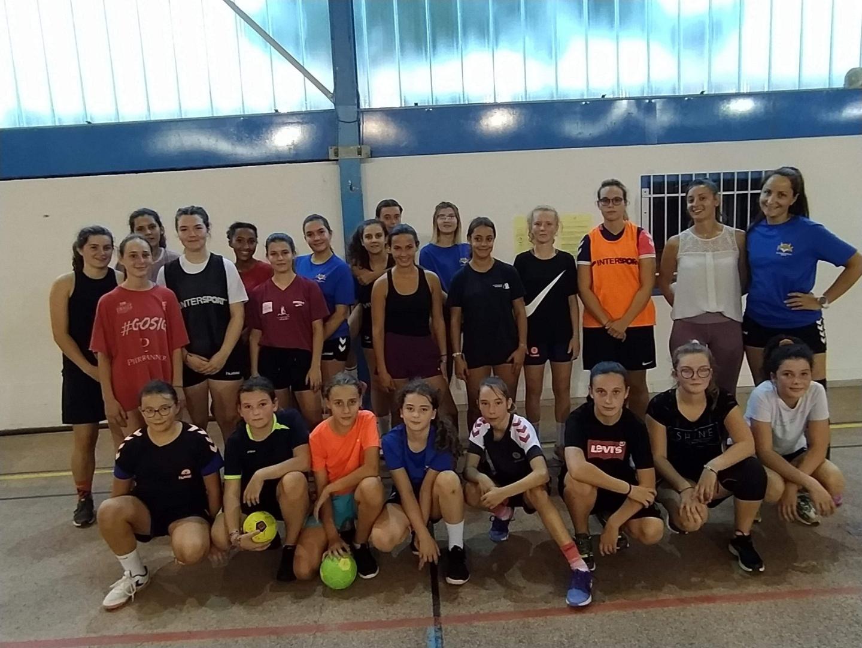 Le Handball au Féminin